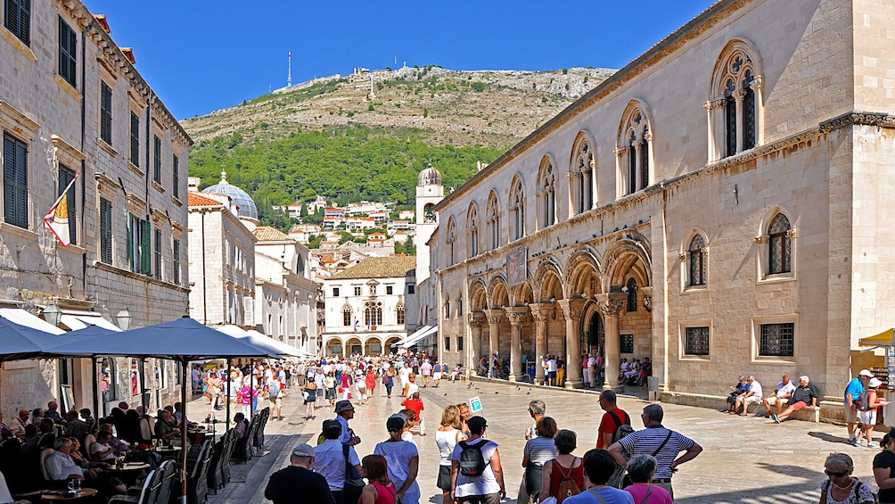 Crowded streets at the Old Town of Dubrovnik