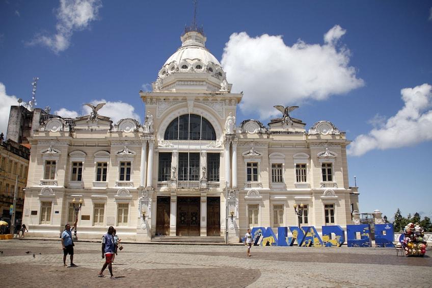 Carregar foto 3 de 10. Historical City Tour of Pelourinho