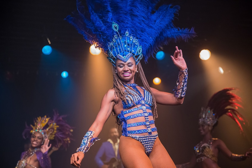 Cargar ítem 3 de 10. Ginga Tropical Brazilian Dance Show