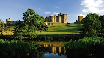 Alnwick Castle & Borders (Holy Island) inc. HOTEL PICKUP