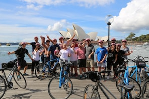 Bicycle Sightseeing Tour with Pub Stop