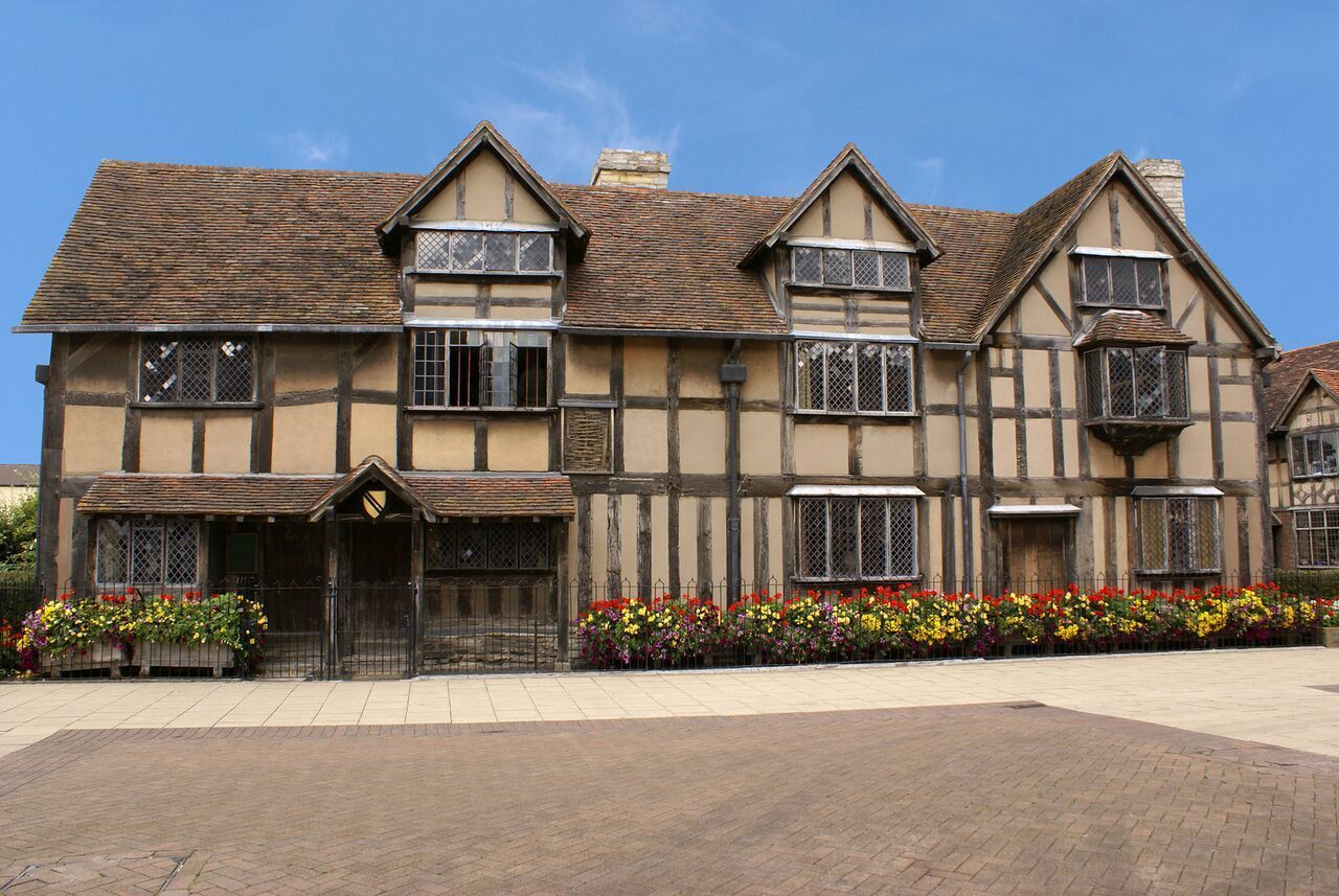 bigstock-Shakespeares-House-1980941_preview.jpeg