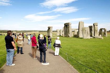 London-Windsor-Stonehenge-Bath-t325-05_preview.jpeg