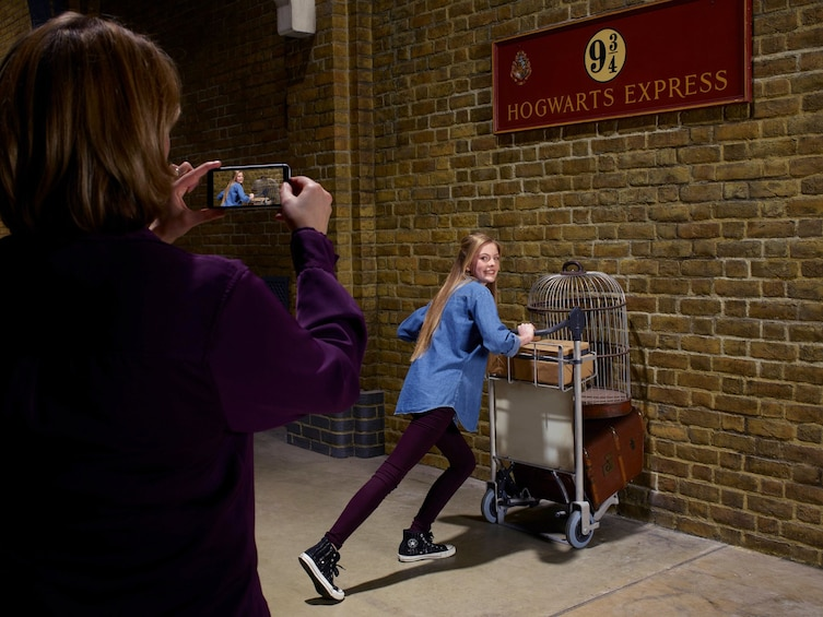 Carregar foto 3 de 10. Harry Potter Warner Bros. Studio Tour