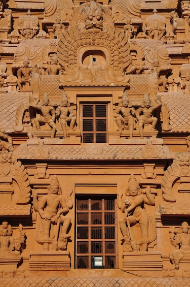 Show item 3 of 6. Highlights of Tamil nadu Temples