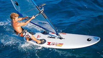 One Hour Beginners Windsurfing Lesson