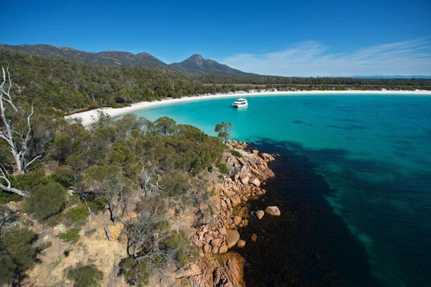 Show item 4 of 6. Wineglass Bay