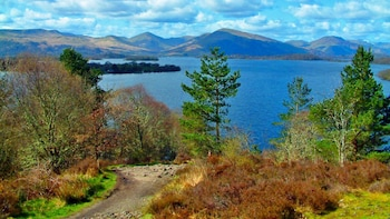 Stirling Castle, Loch Lomond & Trossachs National Park Tour