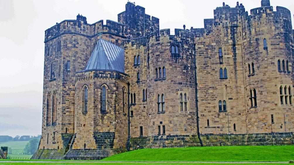 Show item 4 of 5. Castle in Edinburgh