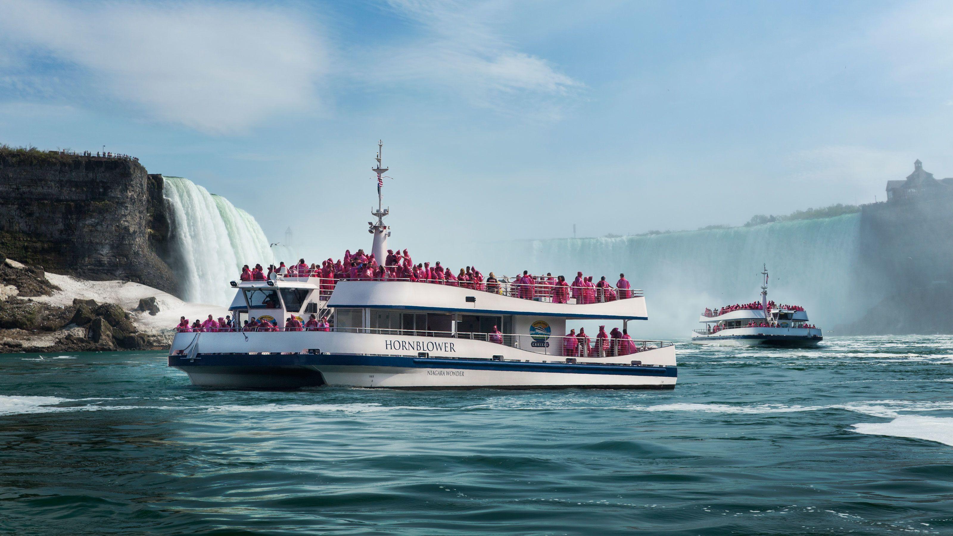 Boats voyaging through Niagara Falls