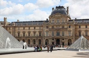 Complete Paris: Louvre, Notre Dame Island & Sainte Chapelle