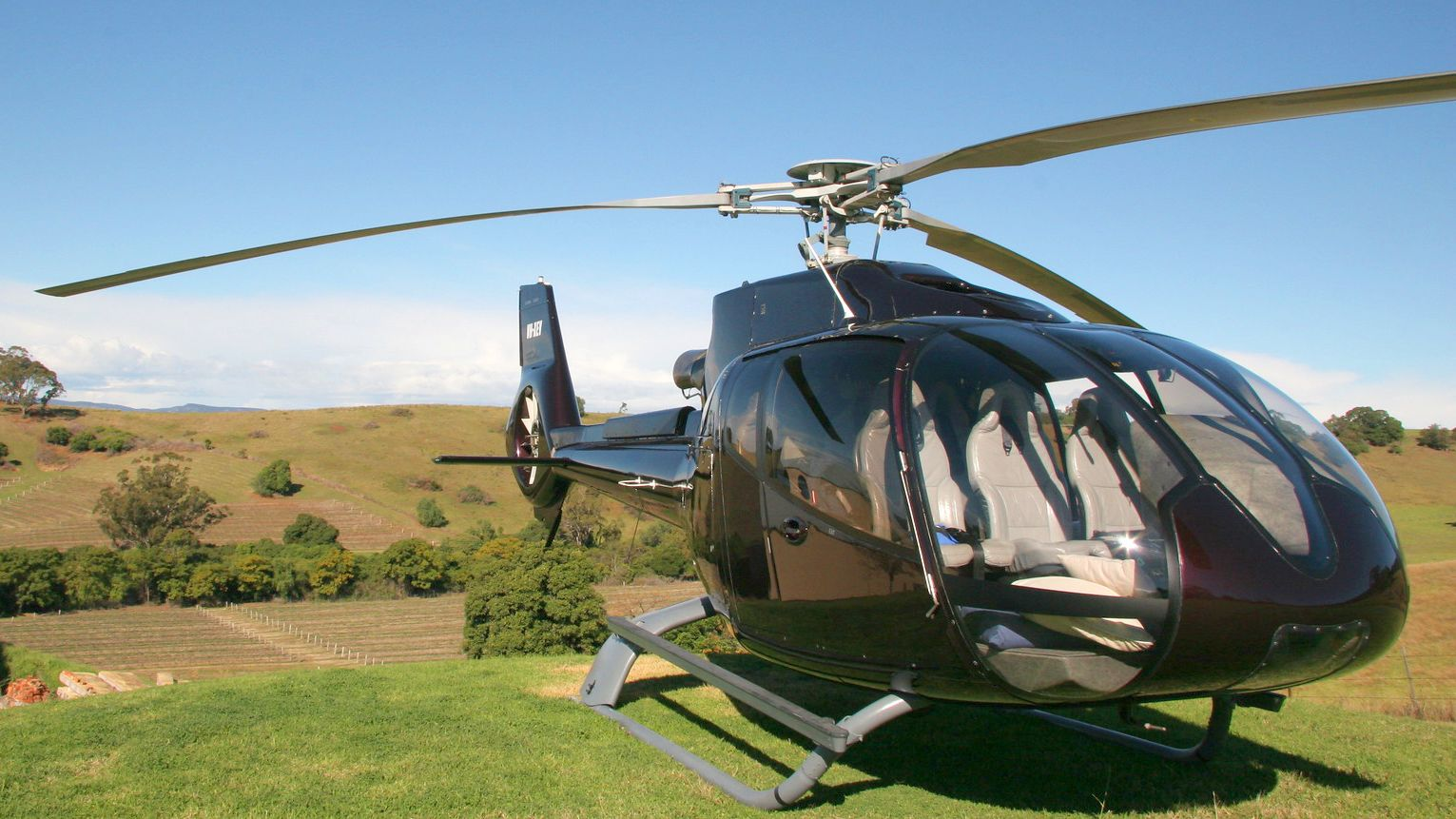 Hunter Valley Helicopter Tour & Lunch