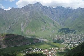 Georgian military road - Kazbegi, Gudauri, Ananuri, Zhinvali
