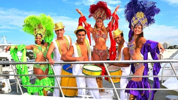Latino Show & Dinner Cruise