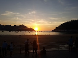Private Transfer Bilbao to San Sebastian along the Coast