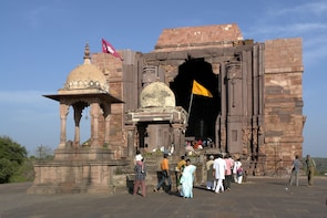 Excursion to visit Bhimbetka & Bhojpur from Bhopal