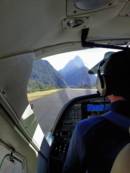 Show item 4 of 10. Milford Sound Fly-Nature Cruise-Fly Half Day Tour