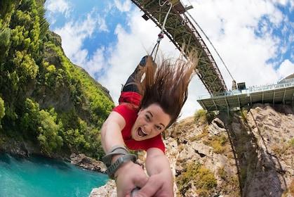 โหลดรายการที่ 1 จาก 7 Kawarau Bridge Bungy - World's First Commercial Jump Site