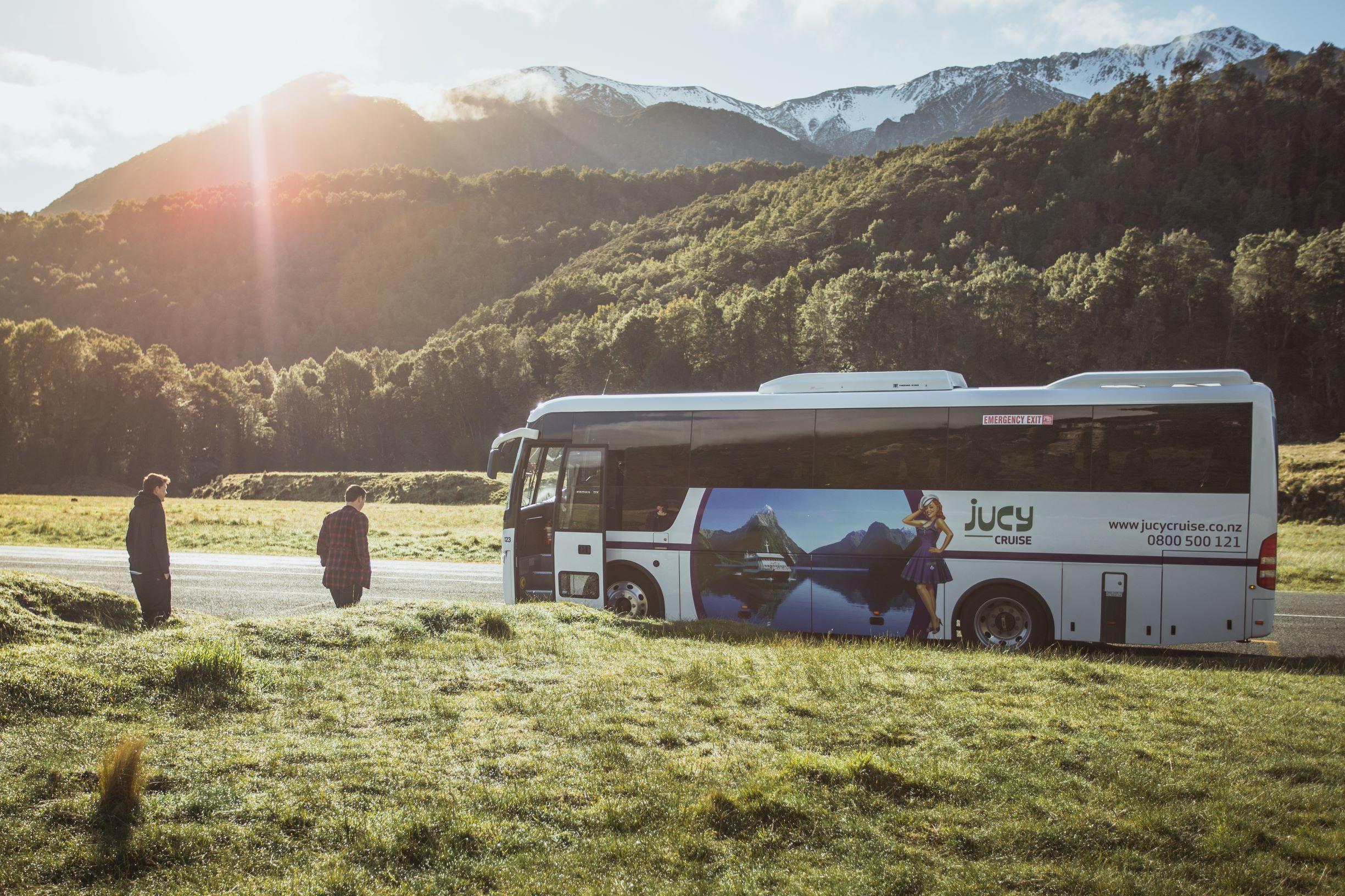 Milford Sound Coach & Cruise Full-Day Tour departing Te Anau
