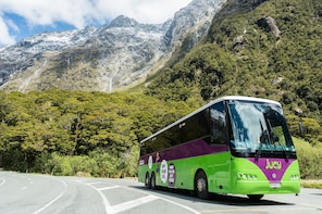 Milford Sound Cruiser - Coach & Cruise Full-Day Tour