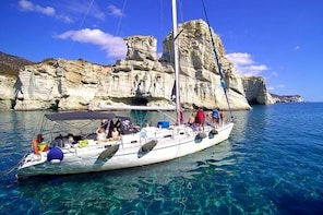 Milos Sailing Tour with snorkelling and lunch