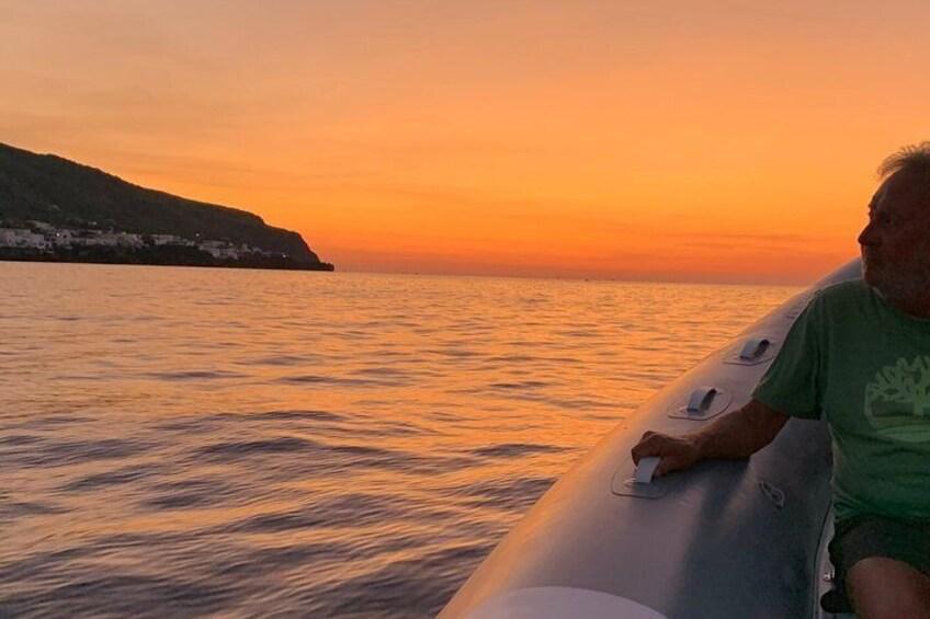 Sciara del Fuoco from the sea with an aperitivo to Ginostra, boat tour