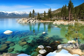 South Lake Tahoe Scavenger Hunt: The Sparkling Lake Tahoe Experience