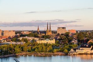 Charlottetown Scavenger Hunt: Birthplace of Confederation