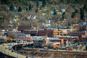 Glenwood Springs Scavenger Hunt: Glenwood Springs Hospitality Hunt