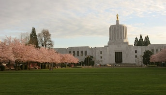 Salem Scavenger Hunt: Oregon's Beautiful Capital