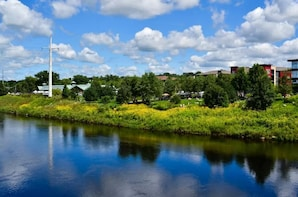 Eau Claire Scavenger Hunt: Traverse The City Of Bridges