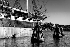 Baltimore Scavenger Hunt: Baltimore's Best Haunts