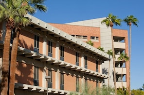 Tempe Scavenger Hunt: Sun and Fun at Arizona State University