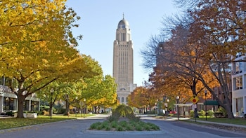 Lincoln Scavenger Hunt: Capitol to Campus