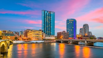 Grand Rapids Scavenger Hunt: Great Times in a Grand City