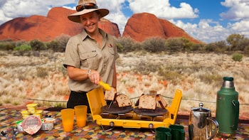 Small Group Kata Tjuta Sunrise Tour including Breakfast