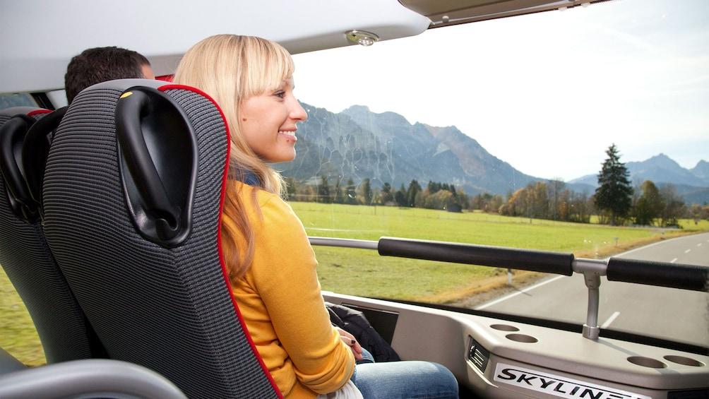 Woman on a Neuschwanstein and Linderhof Premium Tour