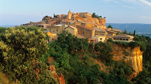 Hilltop village and the red cliffs of Rousillon
