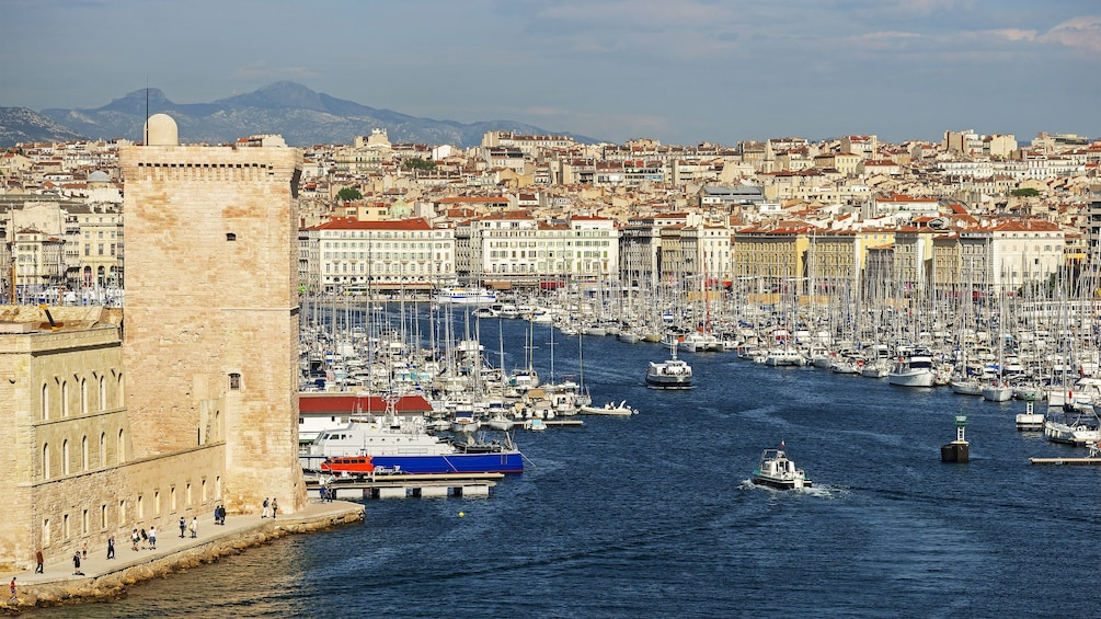 Charger l'élément 3 sur 5. Aerial view of Marseille