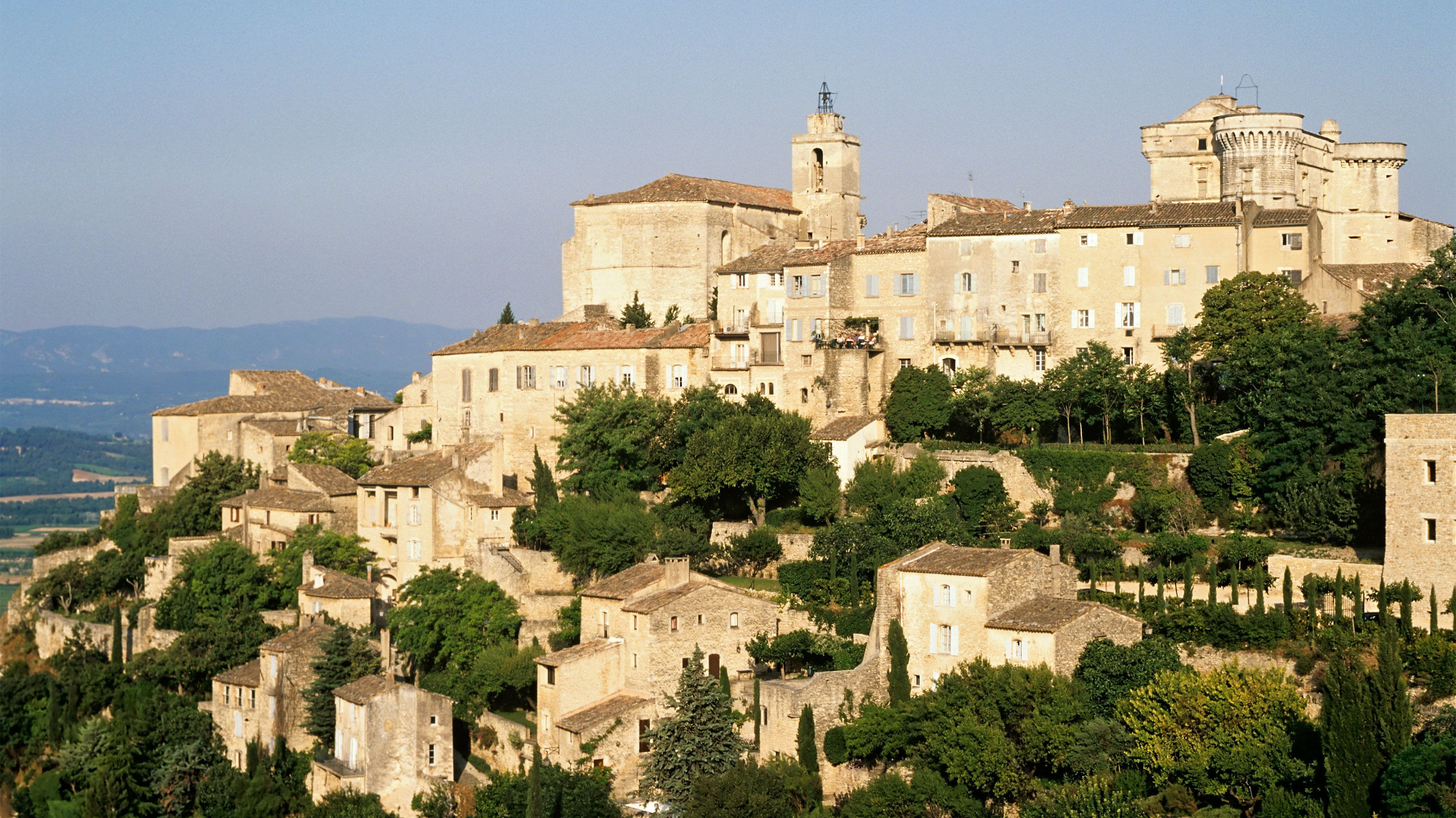 Stunning view of Perched Villages of the Luberon