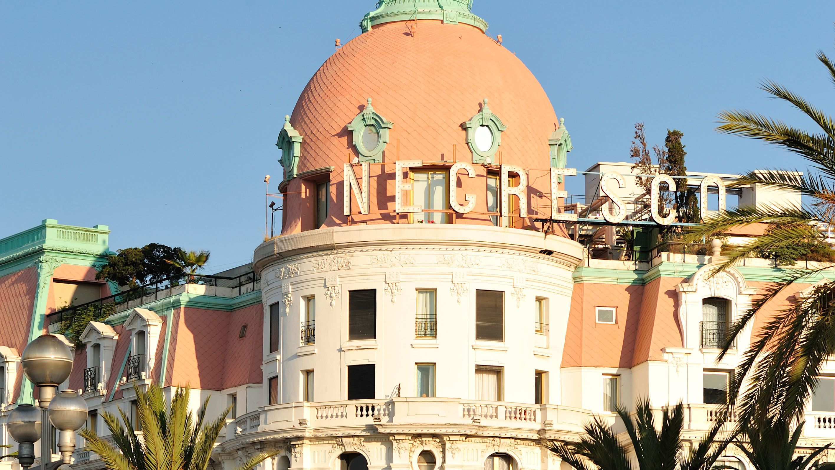 Visiting the Negresco Hotel in Cannes