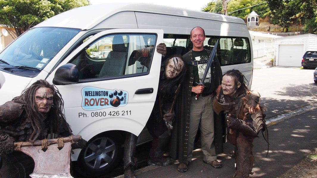 tour guide with character actors in Wellington