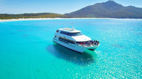 Cruise ship on the Freycinet and Wineglass Bay in Australia.