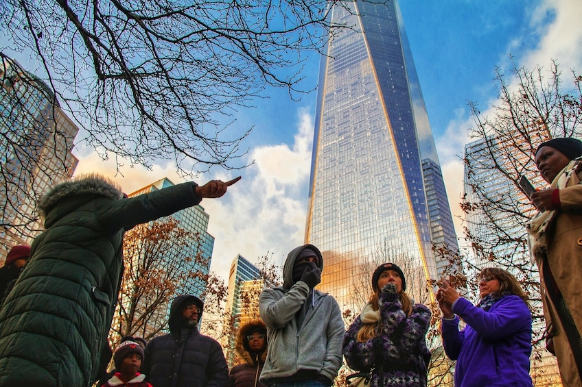 Discover NY: Fully Guided NYC Bus Tour