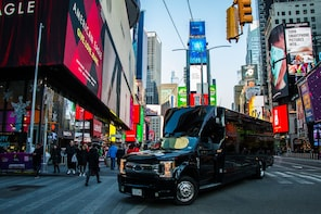 Discover NY: Fully-Guided NYC Bus Tour