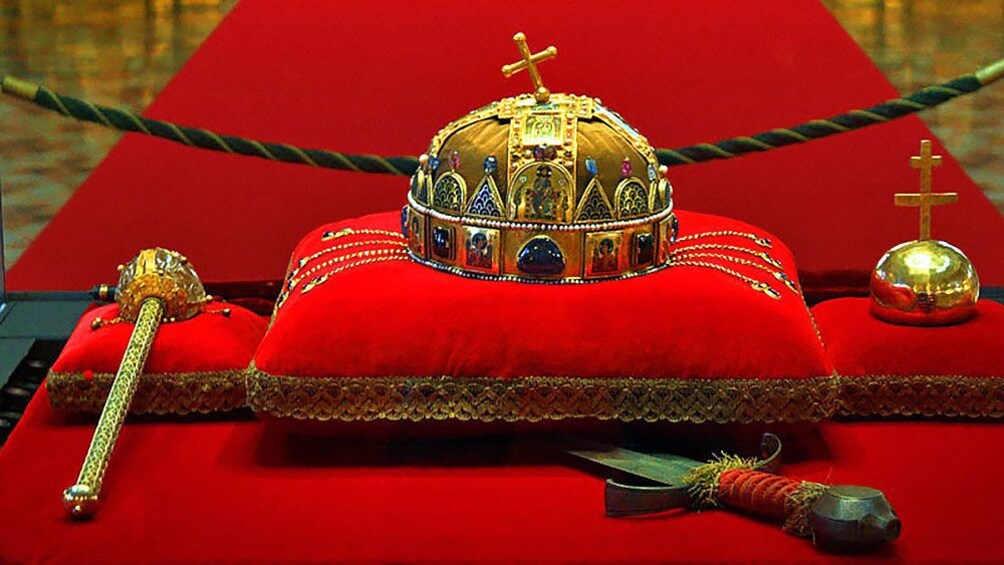 Show item 4 of 10. Holy crown of Hungary