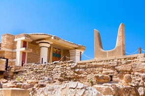 Epic Knossos Palace & Museum with Wine Tasting from Chania