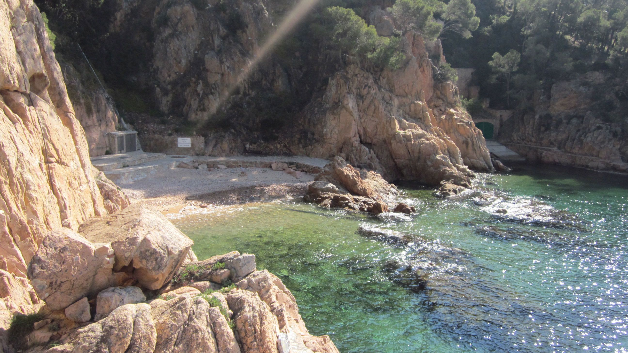 Small-Group Costa Brava's Hidden Bays & Fishing Villages Full-Day Tour