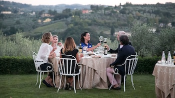 Wine Tasting & Dinner at a Private Florence Vineyard