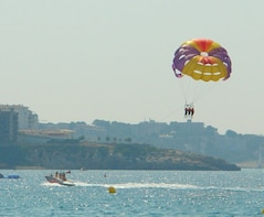 PARASAILING EXPERIENCE IN SALOU